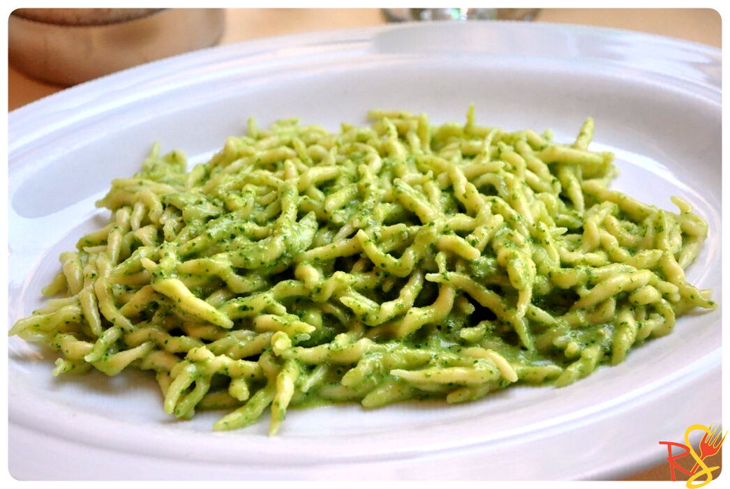 Pasta with Basil Genuese Pesto Sauce